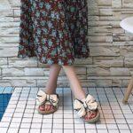 porter des chaussures à Noeuds