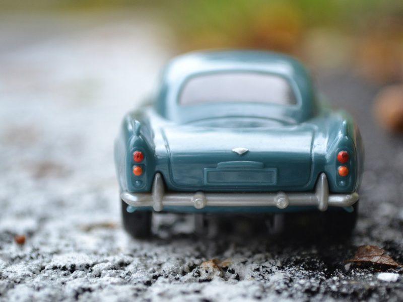 Pourquoi choisir des maquettes de voitures en métal ?