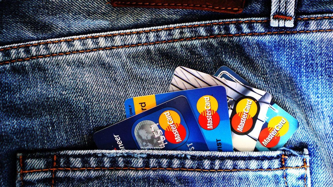 Utiliser un comparateur en ligne pour mieux choisir sa banque